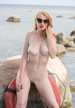 Smoking-hot lifeguard with red lips and plus pale body jealousy performs duties