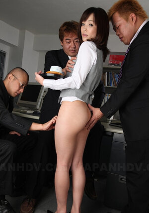 Japanese secretary with nude pussy and butt doesn't mind if colleagues touch her