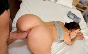 Cutie pie with wavy hair gives a pleasant dick sucking and furthermore hot make love to porno producer