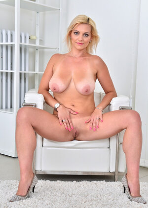 Czech blonde Sexually available mom with untanned natural tits easily causes men's boners